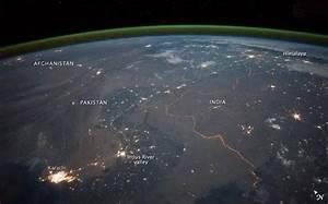 NASA image shows India and Pakistan border at night ...