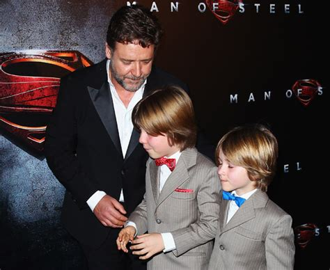 russell crowe takes  young sons  man  steel