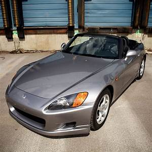 Honda S 2000 : there 39 s a virtually brand new honda s2000 with only 910 miles for sale in the usa carscoops ~ Medecine-chirurgie-esthetiques.com Avis de Voitures