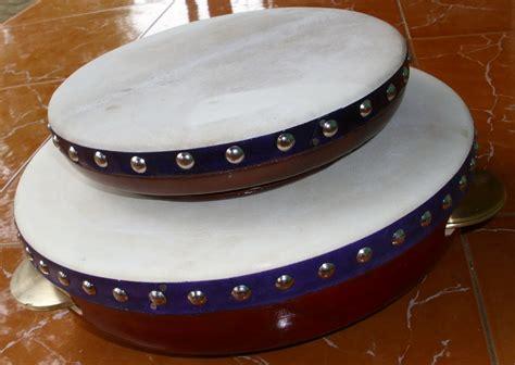 Lalu, apa saja jenis alat musik tradisional indonesia yang gendang (kendang/kendhang) merupakan jenis alat musik ritmis asli indonesia paling terkenal. Jual Dan Produksi Rebana Jepara