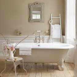 tips for painting bathrooms in neutral