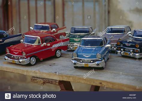 autos zum verkauf spielzeug autos zum verkauf auf einem markt in