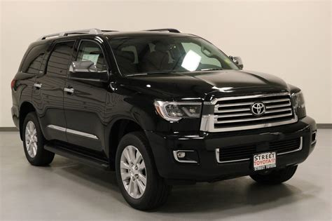 Toyota Sequoia Review Ratings Design Features