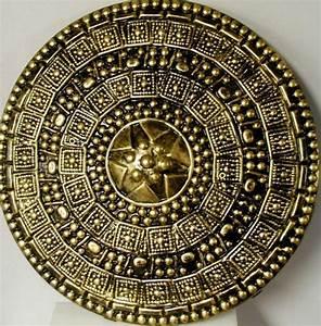 Roman Shield : Parma | Shields | Pinterest | Parma, Roman ...