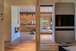Meuble Séparation Pièce : appartement cosy tel aviv meuble pivotant s parateur de pi ce ~ Teatrodelosmanantiales.com Idées de Décoration