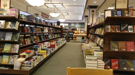 barnes and noble grossmont barnes noble booksellers 75 photos 81 reviews book