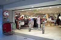 Oez München öffnungszeiten : einkaufscenter shopping center in m nchen oez olympia einkaufszentrum c a filiale modekaufhaus ~ Orissabook.com Haus und Dekorationen