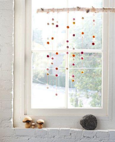 Deko Ideen Kinderzimmer Fenster by H 252 Bsche Fensterdeko Room Babyzimmer Ideen