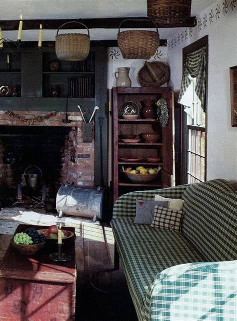 colonial kitchen cabinets 1000 images about primitive living rooms on 2304