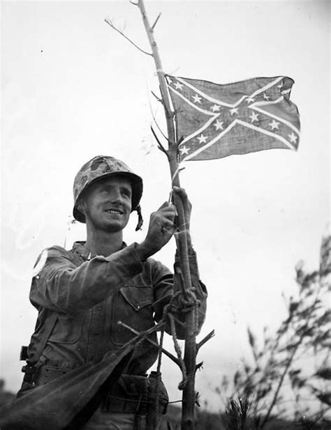raise the siege us marine raising the confederate battle flag after the