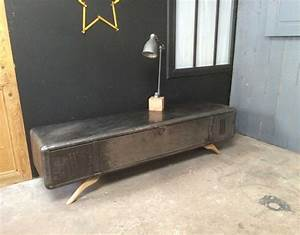 Meuble Tv Arrondi : meuble tv vestiaire arrondi ~ Teatrodelosmanantiales.com Idées de Décoration