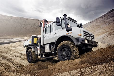 Mercedes-benz Unimog Receives