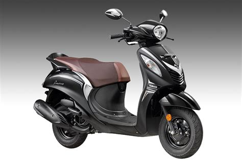 yamaha launches fascino darknight edition scooter in india at rs 56 793 news18