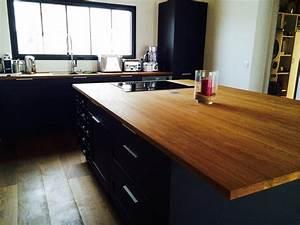 Plan De Travail Ilot : cuisine noir plan de travail bois cuisine naturelle ~ Premium-room.com Idées de Décoration