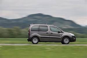 Peugeot Partner Prix : essai peugeot partner tepee bluehdi 120 un restylage au prix fort photo 2 l 39 argus ~ Gottalentnigeria.com Avis de Voitures