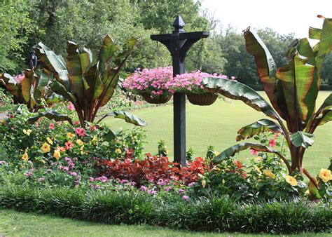 Visit Extravaganzas For Garden Inspiration
