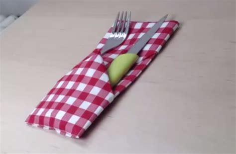 d 233 corer une table pliage serviette porte couverts