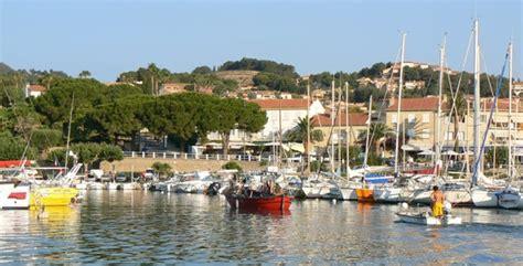 carqueiranne petit port proven 231 al du littoral varois chambres d h 244 tes abricot cannelle