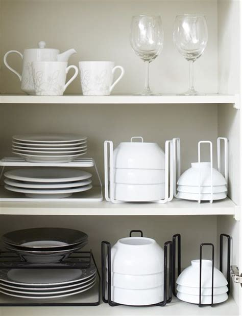 Plate Rack For Cupboard by Best 25 Plate Storage Ideas On Kitchens