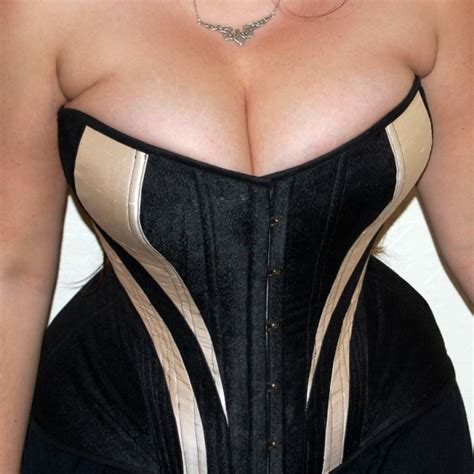 Corset cup f