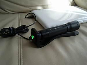 Led Taschenlampe Mit Ladestation : modell m7r die erste aufladbare taschenlampe von led lenser im test sebbis blog ~ Buech-reservation.com Haus und Dekorationen