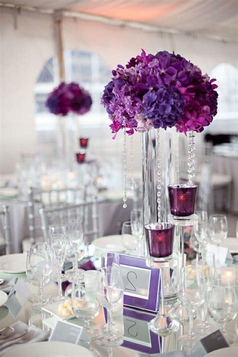 Tischdeko Blumen Modern by Moderne Kreativ Gestaltete Tischdeko Zur Hochzeit In Lila