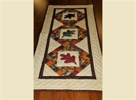 quilts table runners misc soft goods  amish