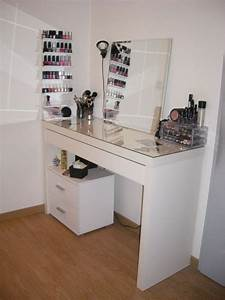 Table De Maquillage Ikea : coiffeuse ikea malm rangement pratique pour ranger ma ~ Teatrodelosmanantiales.com Idées de Décoration
