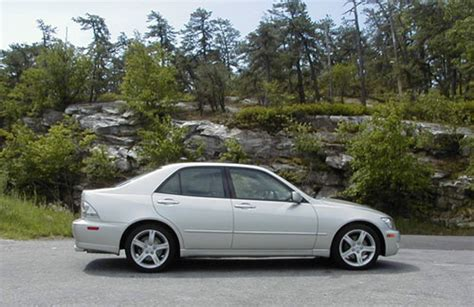2001 Lexus Is 300 Road Test