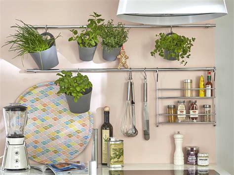 cuisine et accessoires poubelle tabouret et accessoires de cuisine range