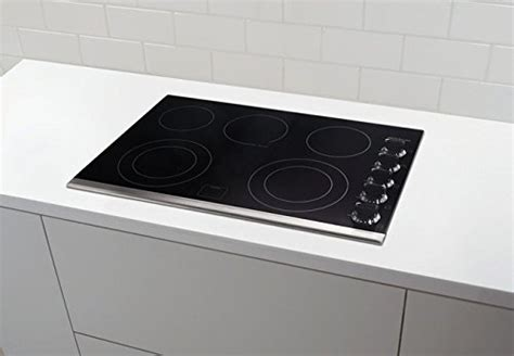 best electric cooktop frigidaire fgec3067mb 30 quot smooth top electric cooktop