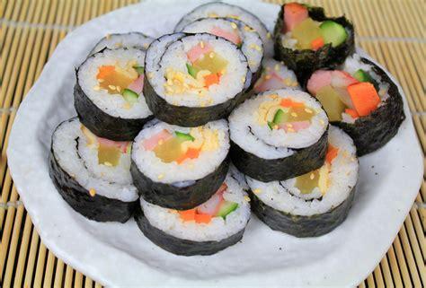 korean sushi kimbap2 korean sushi the most popular korean picnic food flickr