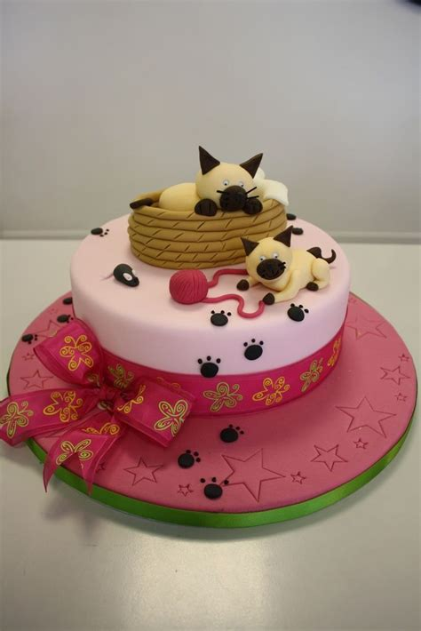 | birthday cake for cat, cat cake, cake decorating. 69 best Kitten Birthday Party For Kids images on Pinterest | Cute kittens, Kittens and Kitty cats