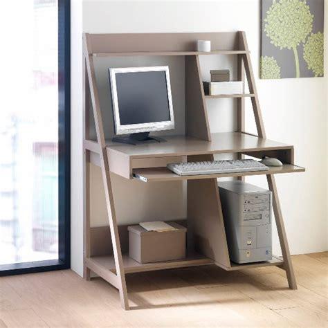 bureau gain de place design un bureau tout en un et gain de place c ma déco le