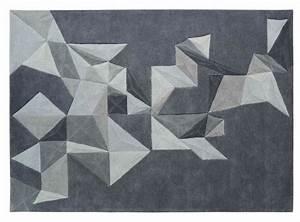 Tapis Forme Geometrique : le tapis contemporain de l 39 art sous les pieds ~ Teatrodelosmanantiales.com Idées de Décoration