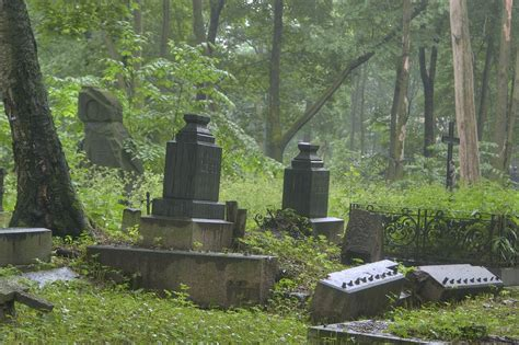 photo 873 02 granite tombs in novodevichye cemetery at