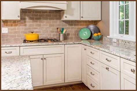 Kitchens With Backsplashes  Kitchen Backsplash Ideas