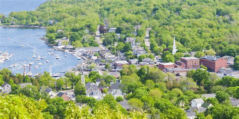 beautiful small towns  america  towns