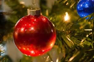 made it quot o tree quot glitter ornaments