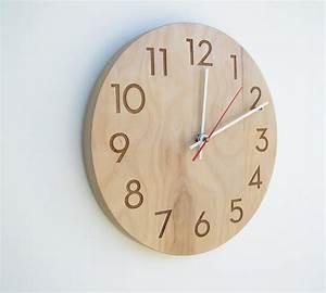 Elegant wooden wall clock gadgetsin for Wooden wall clock images