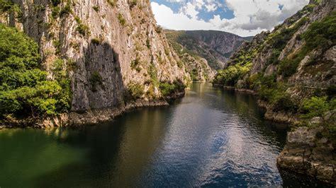 Liqeni i Matkës & Kanjon - North Macedonia Timeless