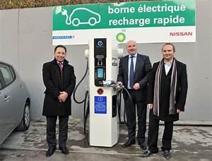 Borne Electrique Gratuite : borne de recharge rapide premi re inauguration paris ~ Medecine-chirurgie-esthetiques.com Avis de Voitures