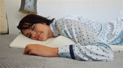 pillow for stomach sleepers the healthy pillow for high pressure
