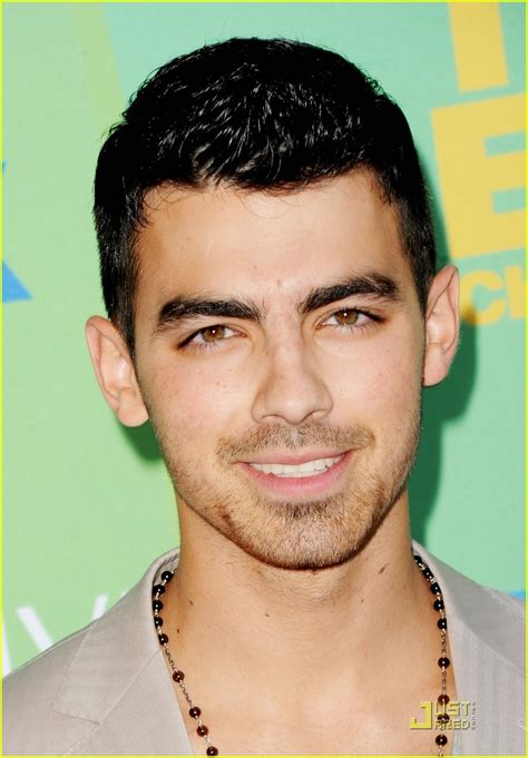 Fashion As: Joe Jonas Teen Choice Awards 2011