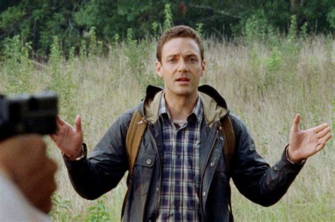 ross marquand vs justin timberlake the walking dead s ross marquand perfectly captures