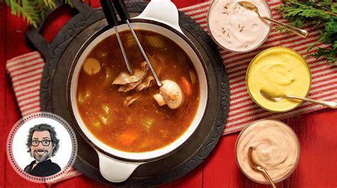 bouillon 224 fondue maison et trio de sauces de christian b 233 gin recettes iga curieux b 233 gin