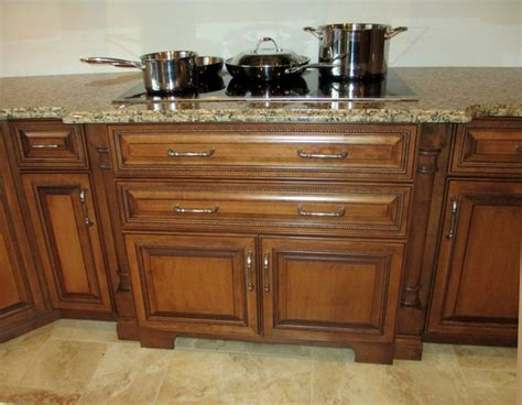 kitchen cabinets color maple cabinets with cherry stain and mocha glaze 2930