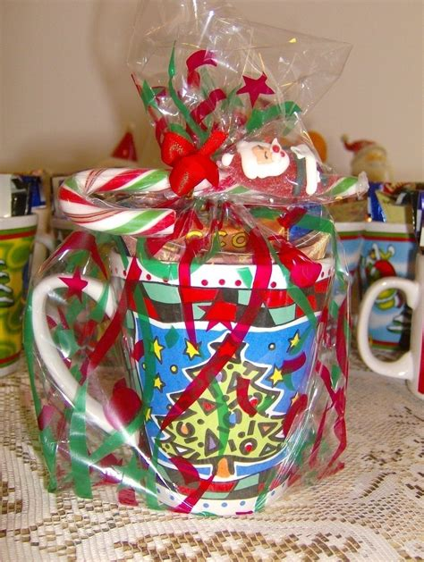 easy christmas gift mug     gift basket