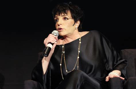 Найдите больше постов на тему liza minnelli. An Evening With Liza Minnelli - London Palladium, London ...