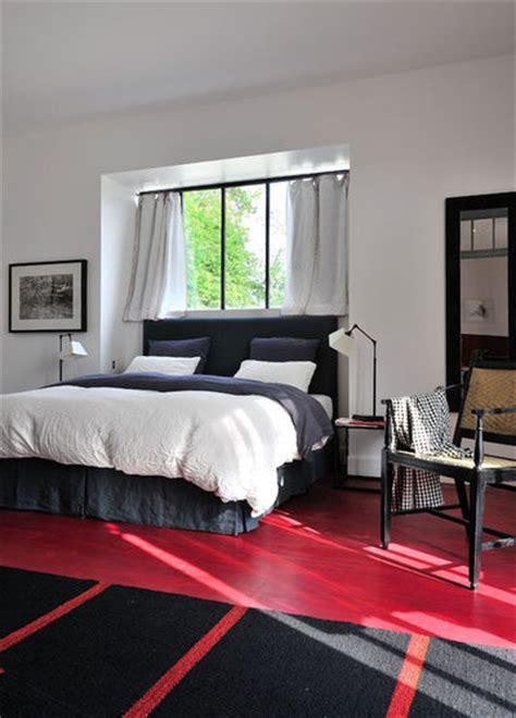 place du lit dans une chambre chambre lit lit complet chambre enfant pin miel lit 90